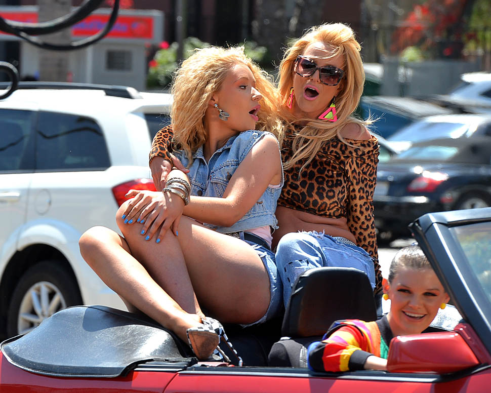 Iggy Azalea and Britney Spears Film a Music Video on Ventura Blvd